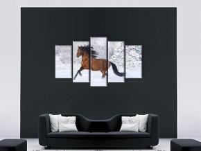 Резвый конь
