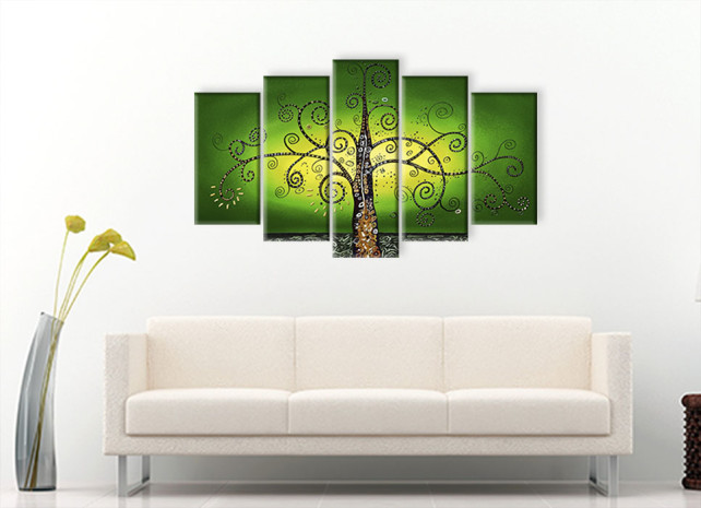 дерево на зелёном 3