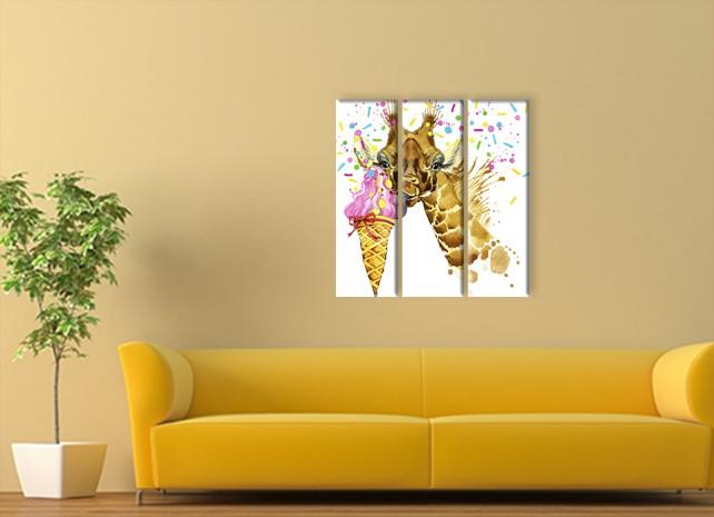 Жираф с мороженым 2