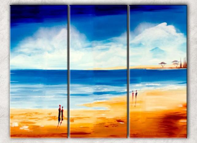 парочки на берегу с фоном